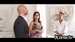 Az olasz feleség imádja a hatalmas bránert