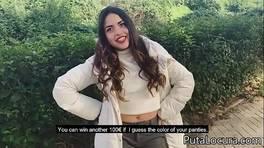 La joven zorra española folla por dinero
