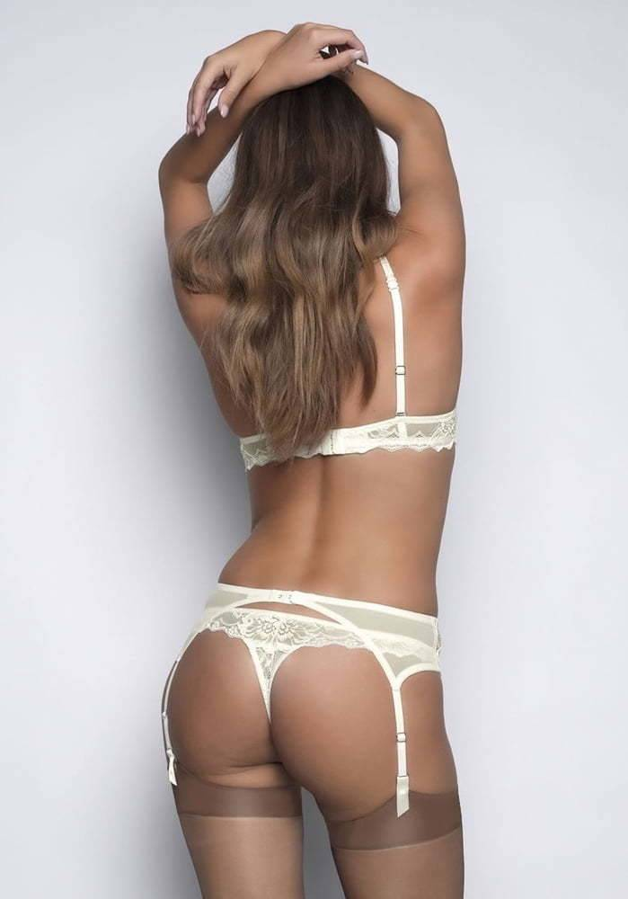 Sexy Girls in Lingerie 31