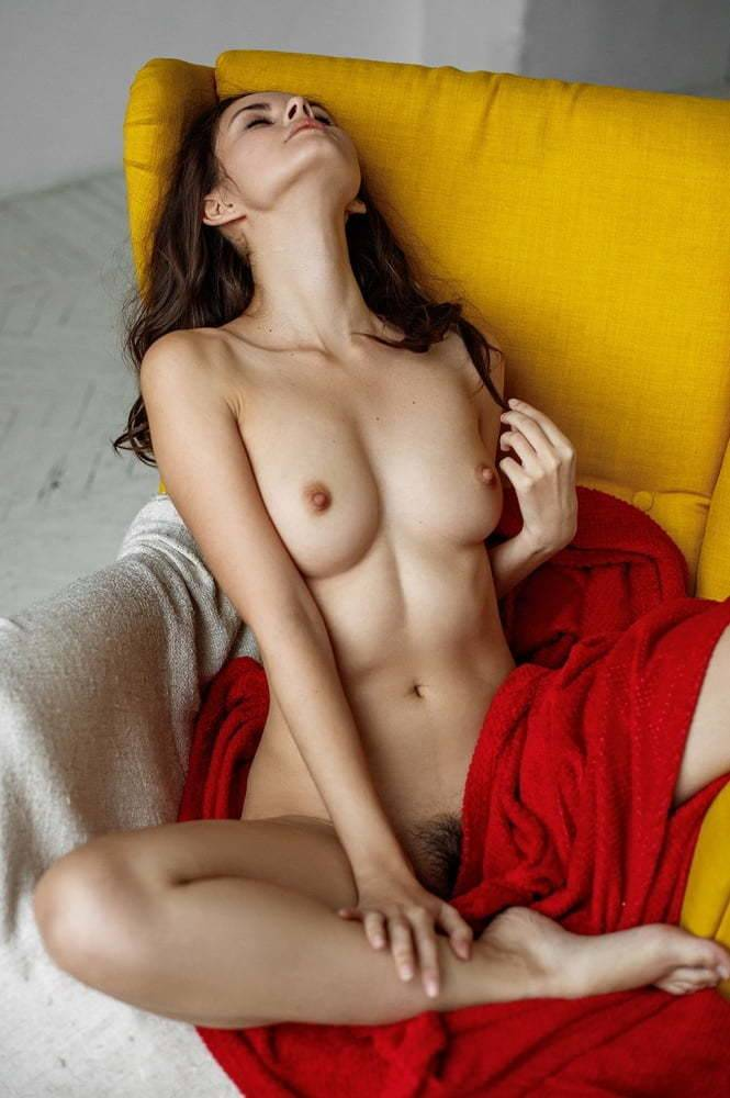 The erotic beauty of white women-5