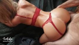 A szexi barátnő és a vastag farok